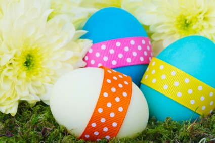 Interesting Home/Apartment Easter Egg Hunt Ideas